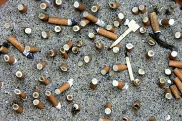 Lutas de coração fumantes deixadas