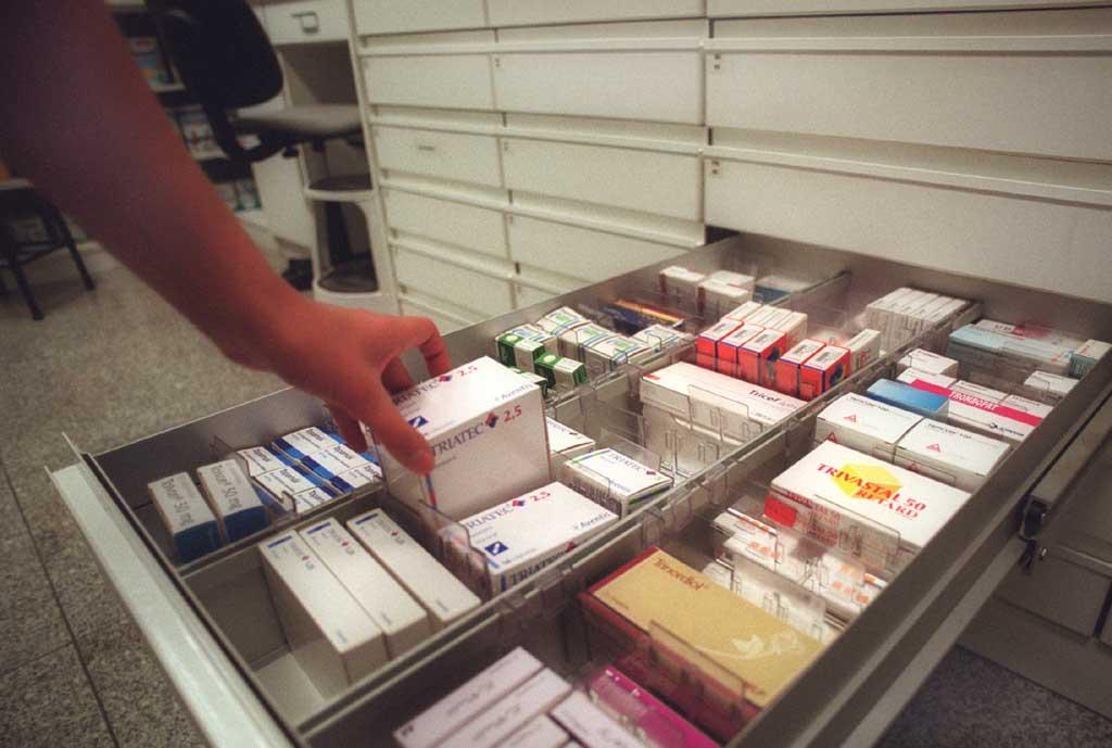 Na maior parte dos casos as farmácias não pedem sequer para ver a receita